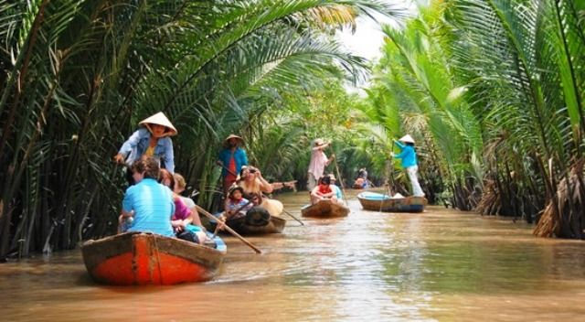 MEKONG RIVER AND CAMBODIA DISCOVERY - 8 DAYS