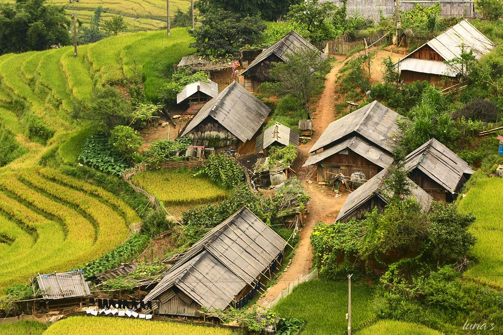 SAPA BY BUS 3 DAYS - 2 NIGHTS(1 NIGHT IN TA VAN VILLAGE, 1 NIGHT IN HOTEL)