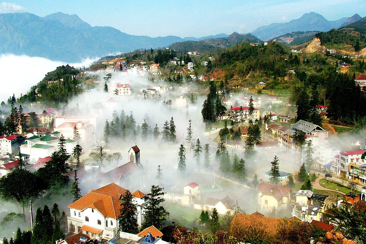 SAPA BY BUS 2 DAYS – 1 NIGHT (OVERNIGHT IN HOTEL)